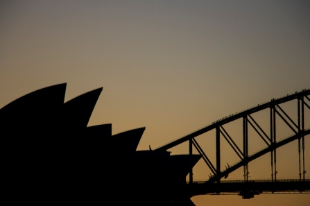 opera-house-silhouette